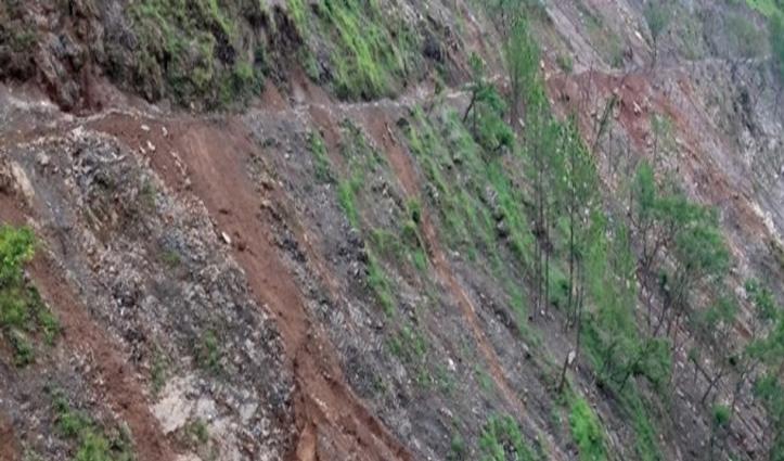 Chamba: भूस्खलन की चपेट में आने से मलबे में दबे घास काट रहे मां बेटा, दोनों की गई जान