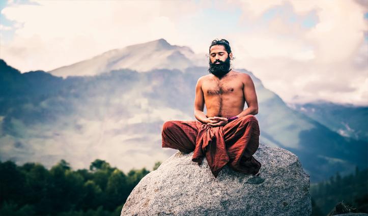 Grand Master Akshar gives a call for 'Yoga for obesity-free world'