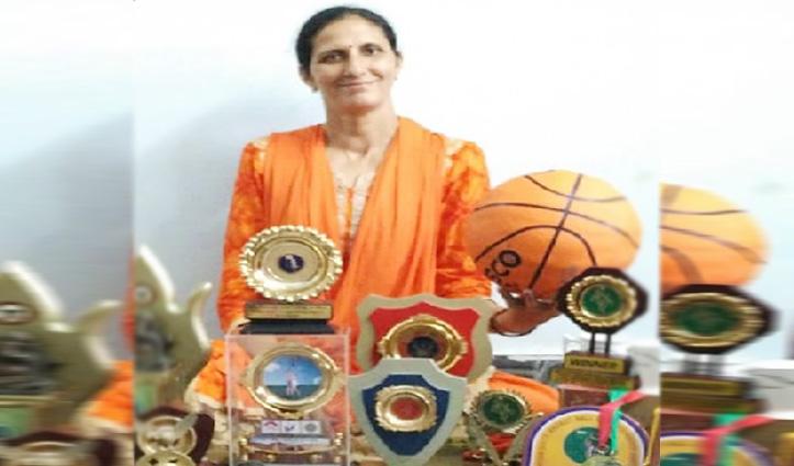 बॉस्केटबाल में राष्ट्रीय स्तर पर Indu ने कमाया नाम अब अनदेखी है उनका पायदान