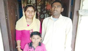 पति को Kidney की बीमारी ने जकड़ा, पत्नी को Blood Cancer ने-कैसे चल रही जिंदगानी पढ़ें