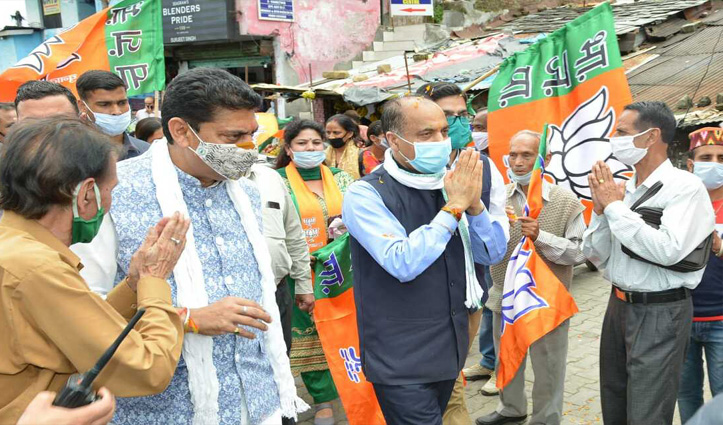 CM Jai Ram Thakur accorded rousing welcome on Kangra Tour