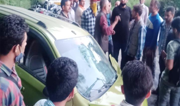 #Mandi : दो गाड़ियों में जबरदस्त टक्कर, HRTC-जल शक्ति विभाग के कर्मी घायल