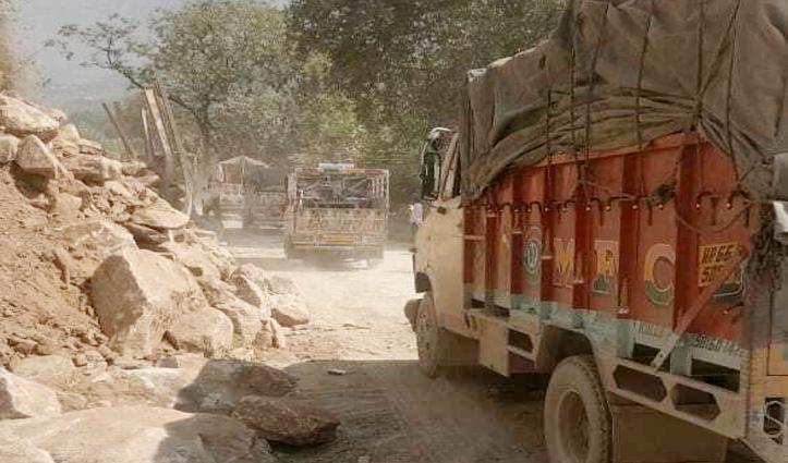 15 घंटों के बाद  Chandigarh-Manali NH पर बहाल हुआ यातायात