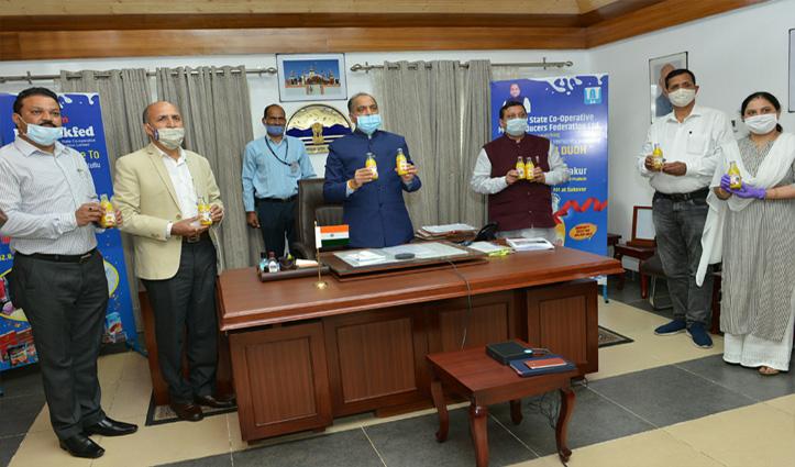 CM Jai Ram launches nutritional immunity boosting Him Haldi Dudh
