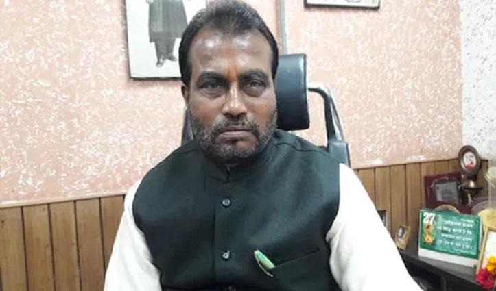 Bihar: इस्तीफा देकर लालू के खेमे में जाने वाले थे नीतीश के मंत्री; पार्टी ने पहले ही किया आउट