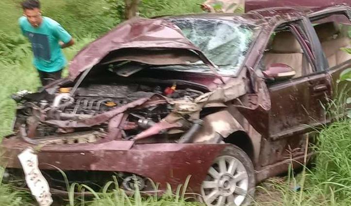 ड्यूटी पर जा रहे Mandi के जवान की कार दुर्घटनाग्रस्त, पत्नी संग हुआ गंभीर घायल