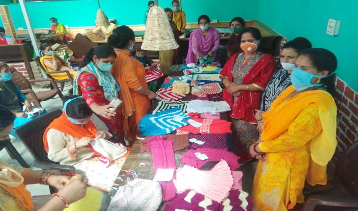 Tirthan Valley की महिलाओं को आत्मनिर्भर बनाएगी हस्तकला बुनाई