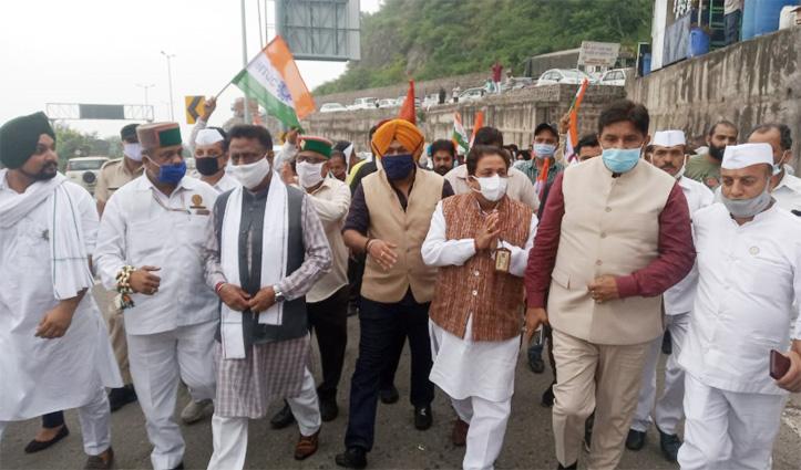 परवाणू में Himachal Congress प्रभारी शुक्ला बोले- चुनावी रणनीति बना दिलाएंगे जीत, शिमला के लिए हुए रवाना