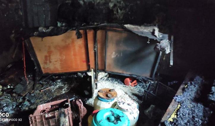 #Kullu के भुंतर में गैस सिलेंडर से आग लगने से मकान जला, दो मासूम झुलसे