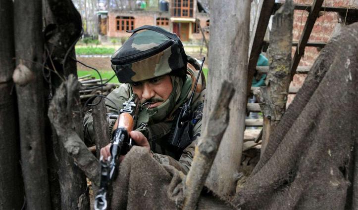 J&K: लश्कर के ऑपरेशनल कमांडर समेत 2 आतंकी मुठभेड़ में ढेर; पुंछ में पाक सेना ने की भारी गोलाबारी