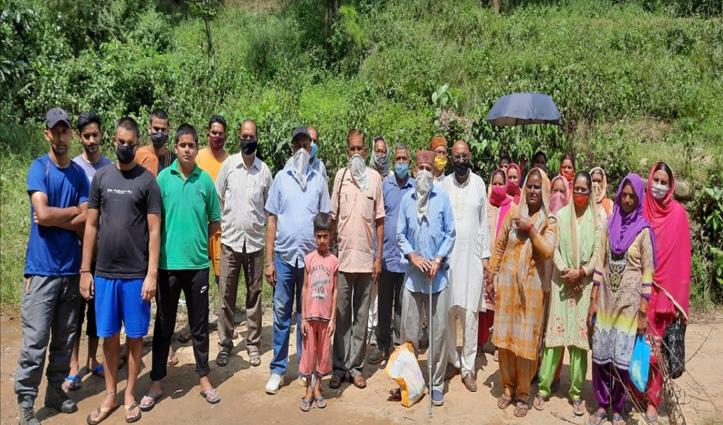 #Mandi: 40 साल पुराने स्रोत से हो रही पीने के पानी की सप्लाई, लोगों में रोष