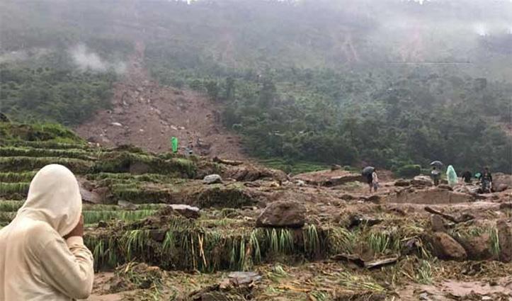 #Nepal: लगातार बारिश से हुए भूस्खलन में एक परिवार के नौ लोगों सहित 10 की मौत