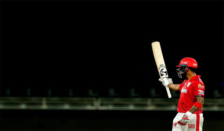 कोहली द्वारा 2 बार कैच छोड़ने के बाद राहुल ने 62 गेंदों पर जड़ा IPL 2020 का पहला शतक