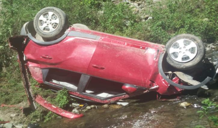 Shimla में दर्दनाक सड़क हादसा, खाई में गिरी कार; चार लोगों की गई जान