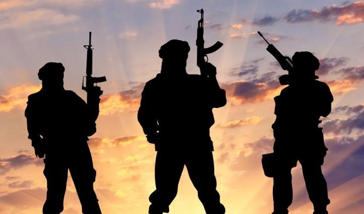 J&K: हिज़बुल मुजाहिद्दीन के आतंकी मॉड्यूल का भंडाफोड़, 3 आतंकी गिरफ्तार