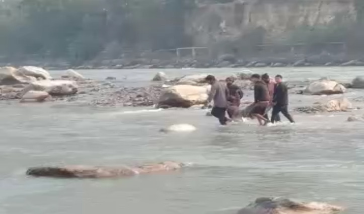#Kullu में ब्यास किनारे शौच करने गई दो बहनों की डूबने से गई जान