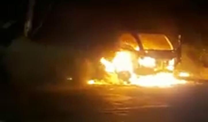 कालाअंब-पांवटा साहिब NH-7 पर चलते Tempo में भड़की आग, चालक ने कूदकर बचाई जान