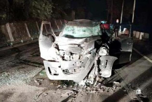 Manali में टिप्पर से टकराई कार, Shimla के युवक की गई जान
