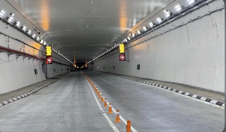 उद्घाटन के तीसरे दिन #Atal_Tunnel_Rohtang में हादसा, तीन गाड़ियां टकराईं