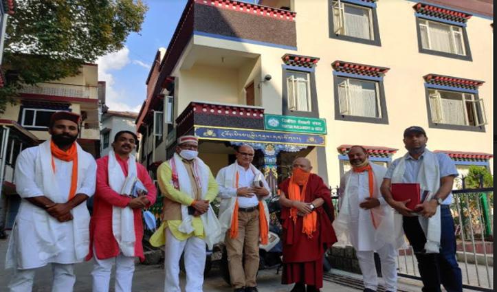 तिब्बत संसद पहुंचे VHP के संगठन मंत्री