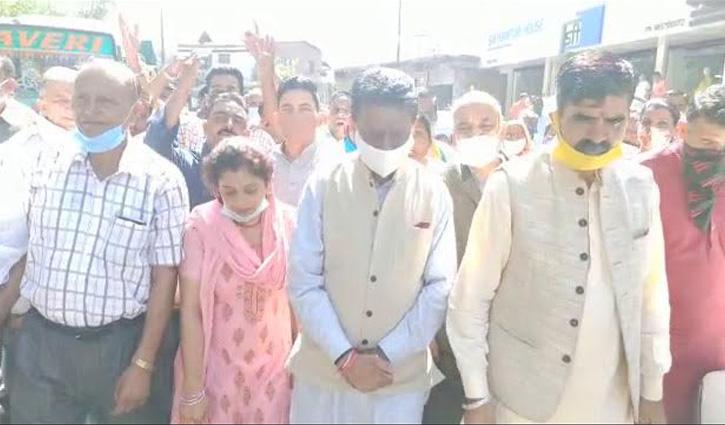 कृषि बिल के खिलाफ यहां हुए प्रदर्शन, हाथरस मामले में निकाली रोष रैली-ABVP भी हुई तल्ख