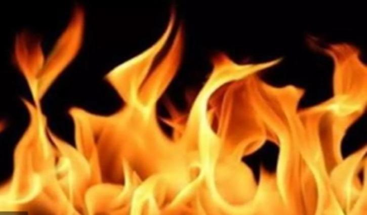 बीडीओ ऑफिस Bilaspur से सटे आवास में लगी आग, लाखों का नुकसान