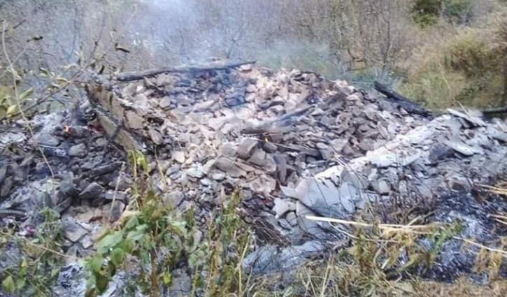 #Kullu: परिवार वाले गए थे कहीं और मकान में लग गई आग- जलकर राख