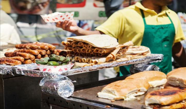 कोरोना काल में खाना है #Street_Food, अब घर पहुंचाएगा Swiggy
