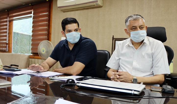 आरोपः स्वास्थ्य विभाग ने 15750 में खरीदा 9100 रुपये का Oxygen Gas Cylinder