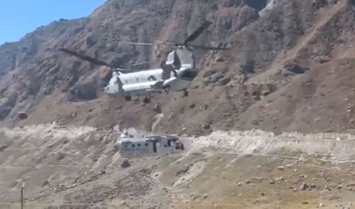 केदारनाथ पहुंचा चिनूक हेलीकॉप्टर: 2018 में दुर्घटनाग्रस्त हुए एयरफोर्स के mi-17 हेलीकॉप्टर का मलबा उठाया