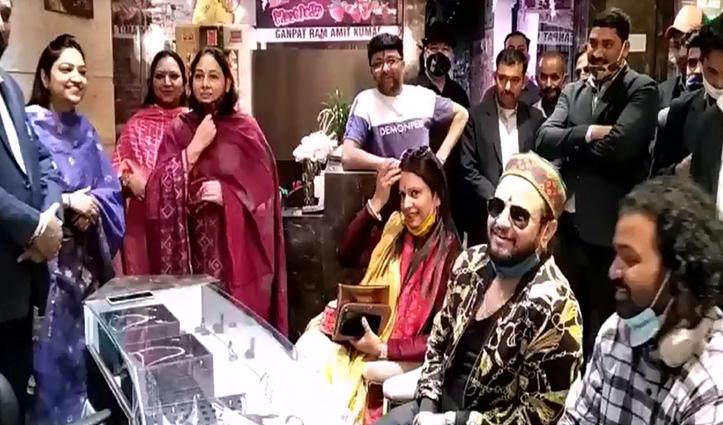 आभूषण खरीदने की सोच रहे तो Bhushan Jewellers शोरूम सोलन आएं, मिल रही विशेष छूट