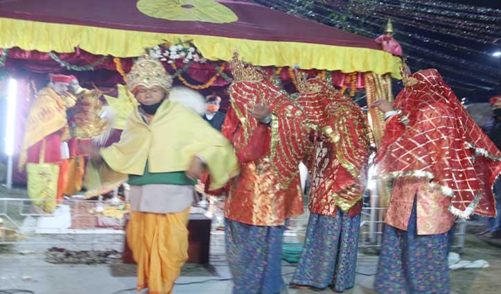 #KulluDussehra: भगवान रघुनाथ के अस्थाई शिविर में पेश किया गया चंद्राआहुली नृत्य