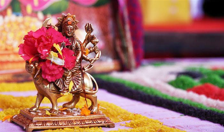 #Navratri_Special : नौ देवियों को पसंद हैं ये फूल, पूजा में चढ़ाने से बना रहेगा मां का आशीर्वाद