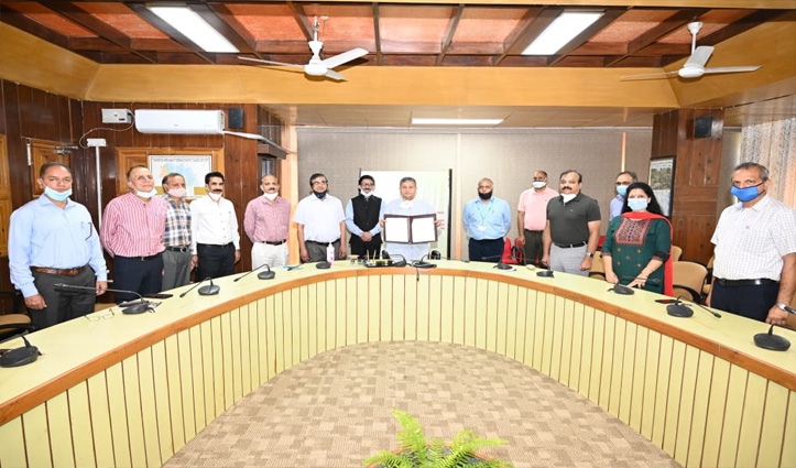Nauni, Western Sydney varsities sign accord Foreign collaboration started under IDP