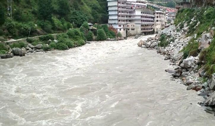 Delhi से मणिकर्ण घूमने आया Tourist पार्वती नदी में गिरा, तेज बहाव में हुआ लापता