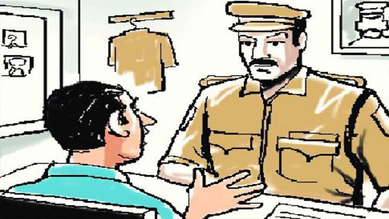 Big Breaking : कंडक्टर भर्ती पेपर लीक मामले में जवाली के अभ्यर्थी मनोज ने किया शाहपुर थाने में #Surrender