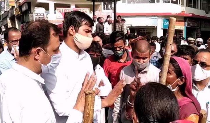 सोलनः SDM के समझाने पर माने नप कर्मचारी, 6 घंटे बाद खोला चक्का जाम