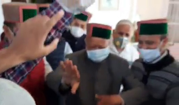 बेटे विक्रमादित्य सिंह के जन्मदिन पर पूर्व सीएम #Virbhadra Singh की नाटी,दांतों तले दबानी होगी अंगुली