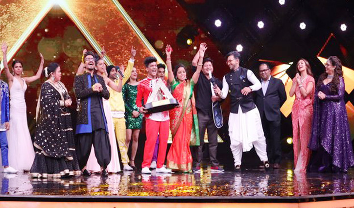 "#Tiger_Pop बने ""India's Best Dancer"", ट्रॉफी के साथ जीती #SUV और 15 लाख रुपए"