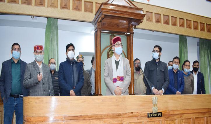 विस के #Winter_Session के लिए इस बार शिमला से 20 फीसदी स्टाफ ही आएगा धर्मशाला