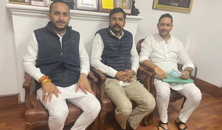 #Himachal_Youth_Congress अध्यक्ष की जंग दिल्ली से होते वापस #Shimla पहुंची, अब लाली 25 को सुनेंगे सबकी बात