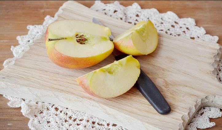 कभी काला नहीं पड़ेगा कटा हुआ सेब, ट्राई करें ये टिप्स