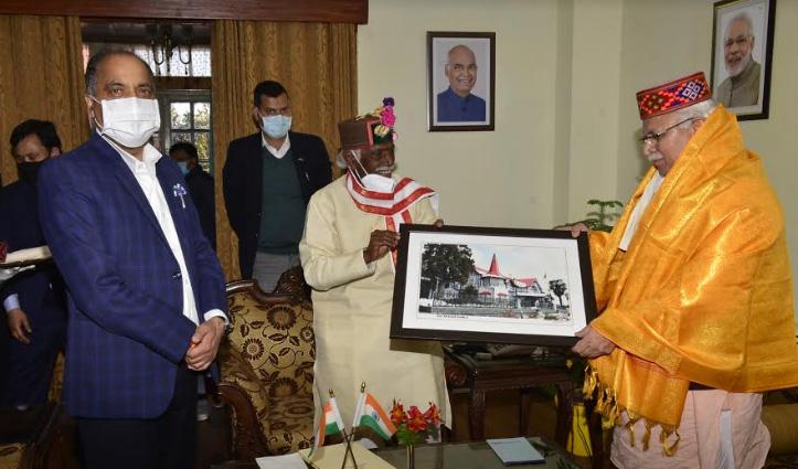 राज्यपाल बंडारू दत्तात्रेय से मिले खट्टर