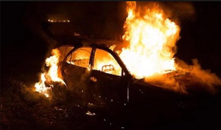 #Punjab में भीषण हादसा : ट्रक से टकराकर Car में लगी आग, पांच लोग जिंदा जले