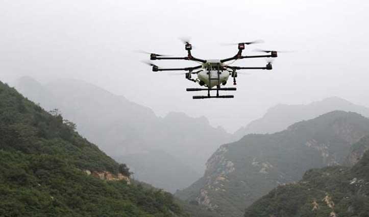 #JammuKashmir : अंतरराष्ट्रीय सीमा पर फिर दिखा पाकिस्तानी #Drone, सेना की चेतावनी के बाद लौटा
