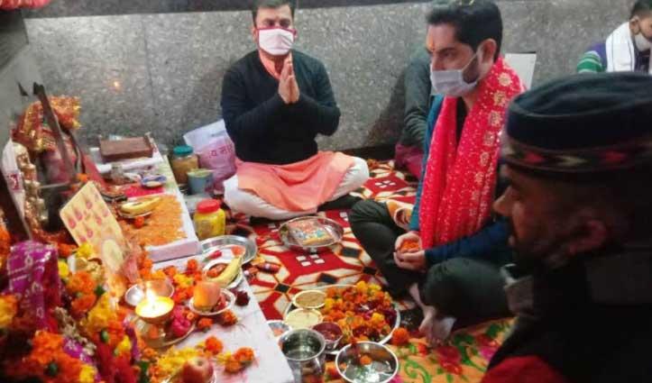 #Corona की शांति के लिए चिंतपूर्णी मंदिर में महायज्ञ, सवा लाख मंत्रों का होगा जाप