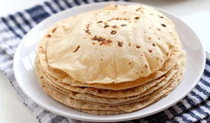 जानिए आयुर्वेद के अनुसार खाना खाते समय कितना बड़ा होना चाहिए रोटी के टुकड़ा