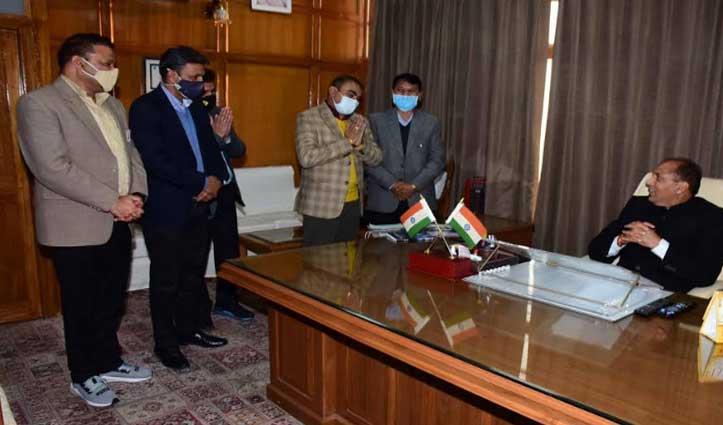 हिमाचल प्रशासनिक सेवा अधिकारी संघ ने जयराम से भेंट की