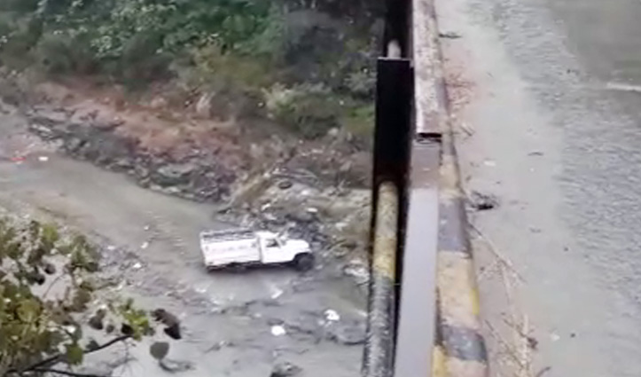 Seven dead, One injured as jeep falls into gorge in Mandi of Himachal