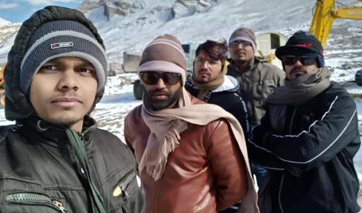 लाहुल: बर्फ के बीच माइनस 15 डिग्री तापमान में दो रात तक फंसे रहे पांच इंजीनियर, Rescue